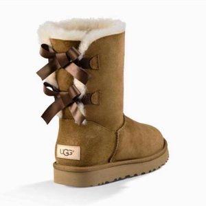UGG Women's Bailey Bow II Winter Boots, Chestnut